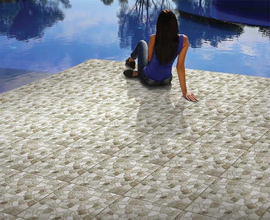 Anti-slip floor tiles